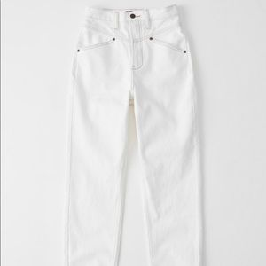 Abercrombie & Fitch Ultra High Rise Mom Jean